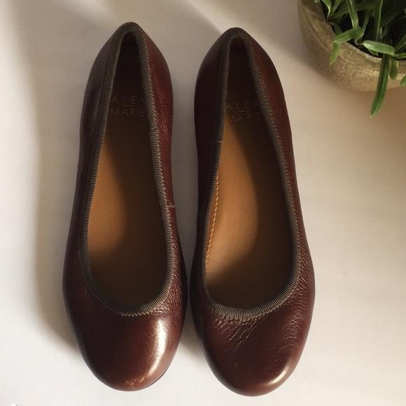 01928f02f59 Dillard's Alex Marie Ballet Flat comfort slip on's